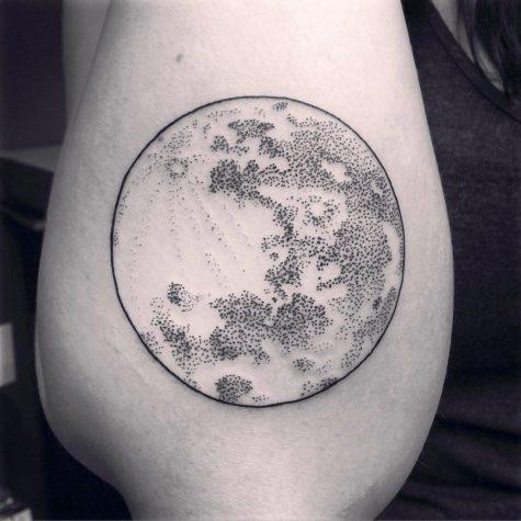 moon tattoo designs 950x950 00011093 475x475 - moon-tattoo-designs_950x950_00011093