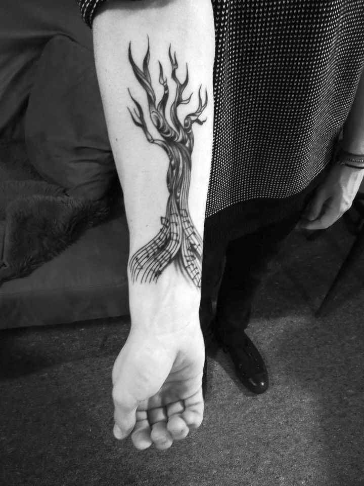 tree tattoos 720x960 00016453 - tree-tattoos_720x960_00016453